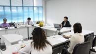 คณะเทคโนโลยีการเกษตร จัดประชุมหัวหน้าแผนกงานฟาร์มและหัวหน้าโครงการคัสเตอร์อาหาร วันที่ 19 มิถุนายน 2555 ณ ห้องประชุมสำนักงานคณบดี ชั้น 2 เพื่อติดตามผลการดำเนินงาน