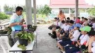 คณาจารย์โรงเรียนจิตรลดานำนักเรียนระดับชั้นประถมศึกษาปีที่ 5 จำนวน 127 คน เข้าเยี่ยมชมพิพิธภัณฑ์บัวของคณะเทคโนโลยีการเกษตรมทร.ธัญบุรี ในวันที่ 3 กรกฎาคม 2555 เพื่อให้นักเรียนได้ประสบการณ์ตรงด้วยการค้นคว้าหาความรู้นอกเหนือจากการศึกษาในห้องเรียนและปลูกจิตสำนึกในการอนุรักษ์พันธุกรรมพืชให้แก่นักเรียน