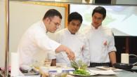 Executive Chef Seth Kondor จาก GAYLORD OPRYLAND RESORT & CONVENTION CENTER NASHVILLE สาทิตการทำอาหารและเทคนิคต่างๆ พร้อมบรรยายพิเศษแก่นักศึกษาสาขาวิชาอาหารและโภชนาการ คณะเทคโนโลยีคหกรรมศาสตร์ มหาวิทยาลัยเทคโนโลยีราชมงคล(มทร.)ธัญบุรี