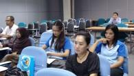 """โครงการอบรมสำหรับ """"สมาชิก NTU"""" ประจำปี 2556 """"การบริหารจัดการสมัยใหม่"""" หัวข้ออบรม ทักษะการควบคุมและการติดตามงาน วันที่ 25 เมษายน 2556 เวลา 09.00 - 12.00 น. โดย คุณประพันธ์ มนทการติวงศ์ ณ ห้อง Seminar 4-1 อาคารวิทยบริการ สำนักวิทยบริการและเทคโนโลยีสารสนเทศ ภาพถ่ายโดย : สำนักวิทยบริการและเทคโนโลยีสารสนเทศ จัดทำอัลบั้มภาพโดย […]"""