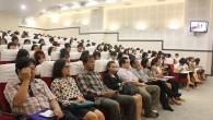 ภาพกิจกรรมการปฐมนิเทศศึกษา ประจำภาคการศึกษาที่ 1/2556 นักศึกษาสหกิจศึกษา (6 สาขาวิชา) ได้แก่ สาขาวิชาคณิตศาสตร์ สาขาวิชาเคมี สาขาวิชาฟิสิกส์ สาขาวิชาสถิติประยุกต์ สาขาวิชาเทคโนโลยีคอมพิวเตอร์ และสาขาวิชาวิทยาการคอมพิวเตอร์ วันที่ 27 พฤษภาคม 2556 ณ ห้องประชุมวิทยบงกช คณะวิทยาศาสตร์และเทคโนโลยี มทร.ธัญบุรี  ภาพถ่ายโดย : คณะวิทยาศาสตร์และเทคโนโลยี จัดทำอัลบั้มภาพโดย : งานพัฒนาและเผยแพร่ข้อมูลเว็บไซต์ สำนักวิทยบริการและเทคโนโลยีสารสนเทศ มทร.ธัญบุรี […]