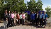 ผู้บริหารมหาวิทยาลัยเทคโนโลยีราชมงคลธัญบุรี นำโดย ผู้ช่วยอธิการบดี ผศ.สุมานิการ์ จันทร์บรรเจิด คณบดี ผศ.ดร.สิริแข พงษ์สวัสดิ์ และผู้บริหาร คณาจารย์และนักศึกษาคณะวิทยาศาสตร์และเทคโนโลยี ร่วมกับประชาชนในชุมชนตำบลโคกขาม ร่วมมือกันปลูกกล้าไม้เบิกนำด้วยเทคนิคทางชีวภาพบริเวณนากุ้งร้าง ศูนย์เรียนรู้และปฏิบัติการอนุรักษ์ฟื้นฟูทรัพยากรธรรมชาติและสิ่งแวดล้อม ตำบลโคกขาม อำเภอเมือง จังหวัดสมุทรสาคร ในโครงการการสร้างความเข้มแข็งให้กับหมู่บ้านสหกรณ์ หมู่ 3 ตำบลโคกขาม อำเภอเมือง จังหวัดสมุทรสาคร แบบยั่งยืน ระยะที่ 3 ด้านสิ่งแวดล้อม สังคม เศรษฐกิจ และการท่องเที่ยว เมื่อวันที่ […]