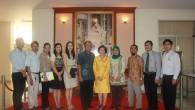 Faculty of Informatics, Islamic University of Indonesia ประชุมความร่วมมือกับคณะวิทยาศาสตร์และเทคโนโลยี เมื่อวันที่ 27 พฤษภาคม 2556 ที่ผ่านมา  ภาพถ่ายโดย : คณะวิทยาศาสตร์และเทคโนโลยี จัดทำอัลบั้มภาพโดย : งานพัฒนาและเผยแพร่ข้อมูลเว็บไซต์ สำนักวิทยบริการและเทคโนโลยีสารสนเทศ มทร.ธัญบุรี