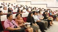 ประชุมผู้ปกครองนักศึกษาใหม่ คณะวิทยาศาสตร์และเทคโนโลยี มหาวิทยาลัยเทคโนโลยีราชมงคลธัญบุรี ประจำปีการศึกษา 2556 วันศุกร์ ที่ 31 พฤษภาคม 2556 ณ ห้องประชุมวิทยบงกช คณะวิทยาศาสตร์และเทคโนโลยี มหาวิทยาลัยเทคโนโลยีราชมงคลธัญบุรี  ภาพถ่ายโดย : คณะวิทยาศาสตร์และเทคโนโลยี จัดทำอัลบั้มภาพโดย : งานพัฒนาและเผยแพร่ข้อมูลเว็บไซต์ สำนักวิทยบริการและเทคโนโลยีสารสนเทศ มทร.ธัญบุรี