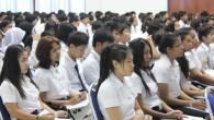 ภาพกิจกรรมปฐมนิเทศนักศึกษาใหม่ คณะวิทยาศาสตร์และเทคโนโลยี มหาวิทยาลัยเทคโนโลยีราชมงคลธัญบุรี ประจำปีการศึกษา 2556 วันศุกร์ ที่ 31 พฤษภาคม 2556 ณ ห้องประชุมรินลอุบล มหาวิทยาลัยเทคโนโลยีราชมงคลธัญบุรี  ภาพถ่ายโดย : คณะวิทยาศาสตร์และเทคโนโลยี จัดทำอัลบั้มภาพโดย : งานพัฒนาและเผยแพร่ข้อมูลเว็บไซต์ สำนักวิทยบริการและเทคโนโลยีสารสนเทศ มทร.ธัญบุรี