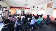 โครงการศึกษาดูงานมูลนิธิปิดทองหลังพระสืบสานแนวพระราชดำริ และงานของ มทร.ล้านนา เพื่อสนับสนุนโครงการหลวง โครงการตามพระราชดำริ และการทำงานกับชุมชนในจังหวัดเชียงรายและเชียงใหม่ วันที่ 19-23 กรกฎาคม 2556 ณ มูลนิธิแม่ฟ้าหลวง ในพระบรมราชูปถัมภ์ อ.แม่ฟ้าหลวง จ.เชียงราย และพื้นที่ปฏิบัติงาน มทร.ล้านนา เพื่อสนับสนุน โครงการหลวง โครงการตามพระราชดำริ เพื่อสนับสนุน โครงการหลวง โครงการตามพระราชดำริ ภาพถ่ายวันที่ 22 กรกฏาคม 2556  ภาพถ่ายโดย :...