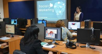 ภาพบรรยากาศอบรมโครงการ social Marketing 29 เมษายน  2559
