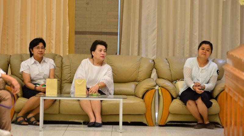 นางสาวจีรวัฒน์  เหรียญอารีย์ เปิดงานวันแม่ของโรงเรียนสาธิตอนุบาลราชมงคล  เมื่อวันที่ 10 สิงหาคม 2560
