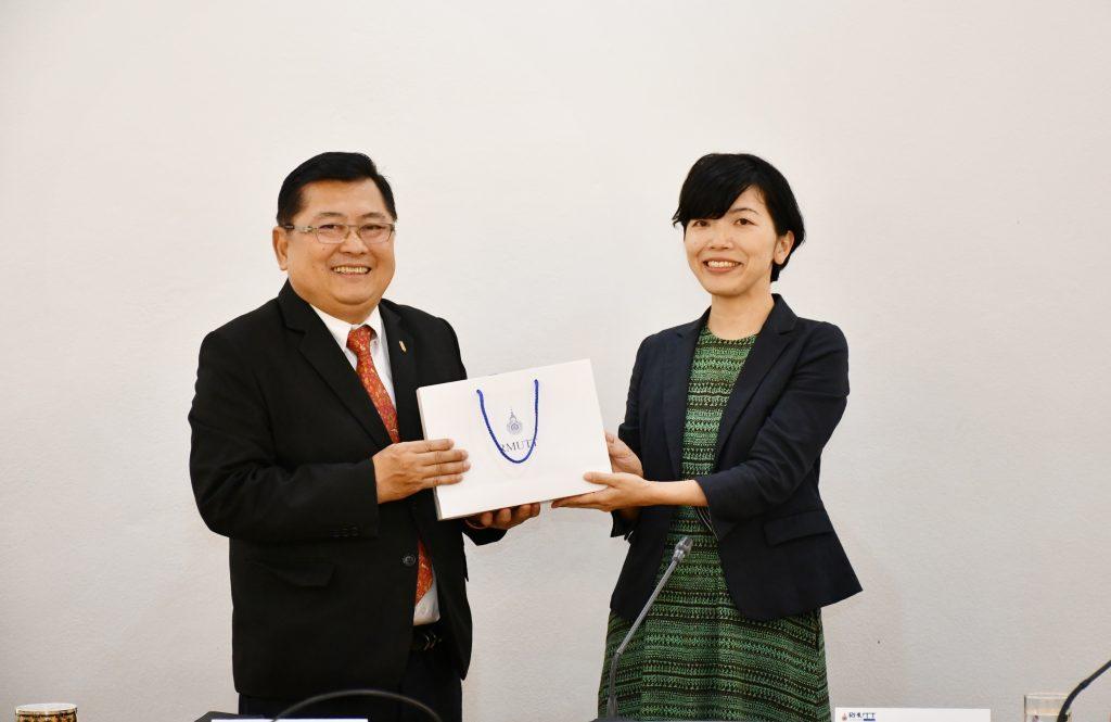 ให้การต้อนรับผู้บริหารจาก Kyoto lnstitute of Techonology